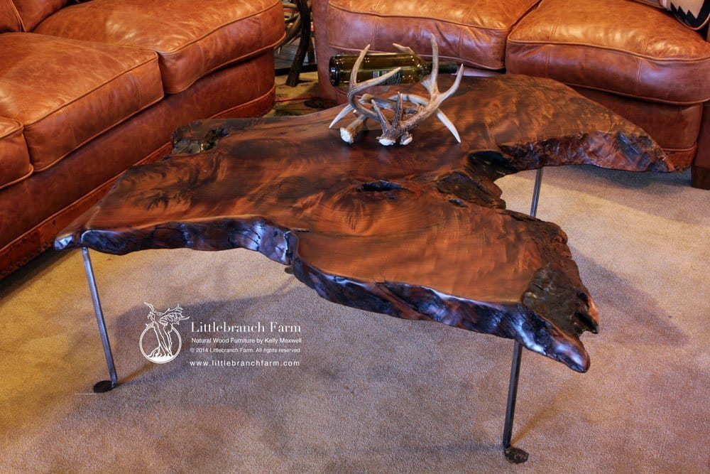 Charmant Rustic Coffee Table