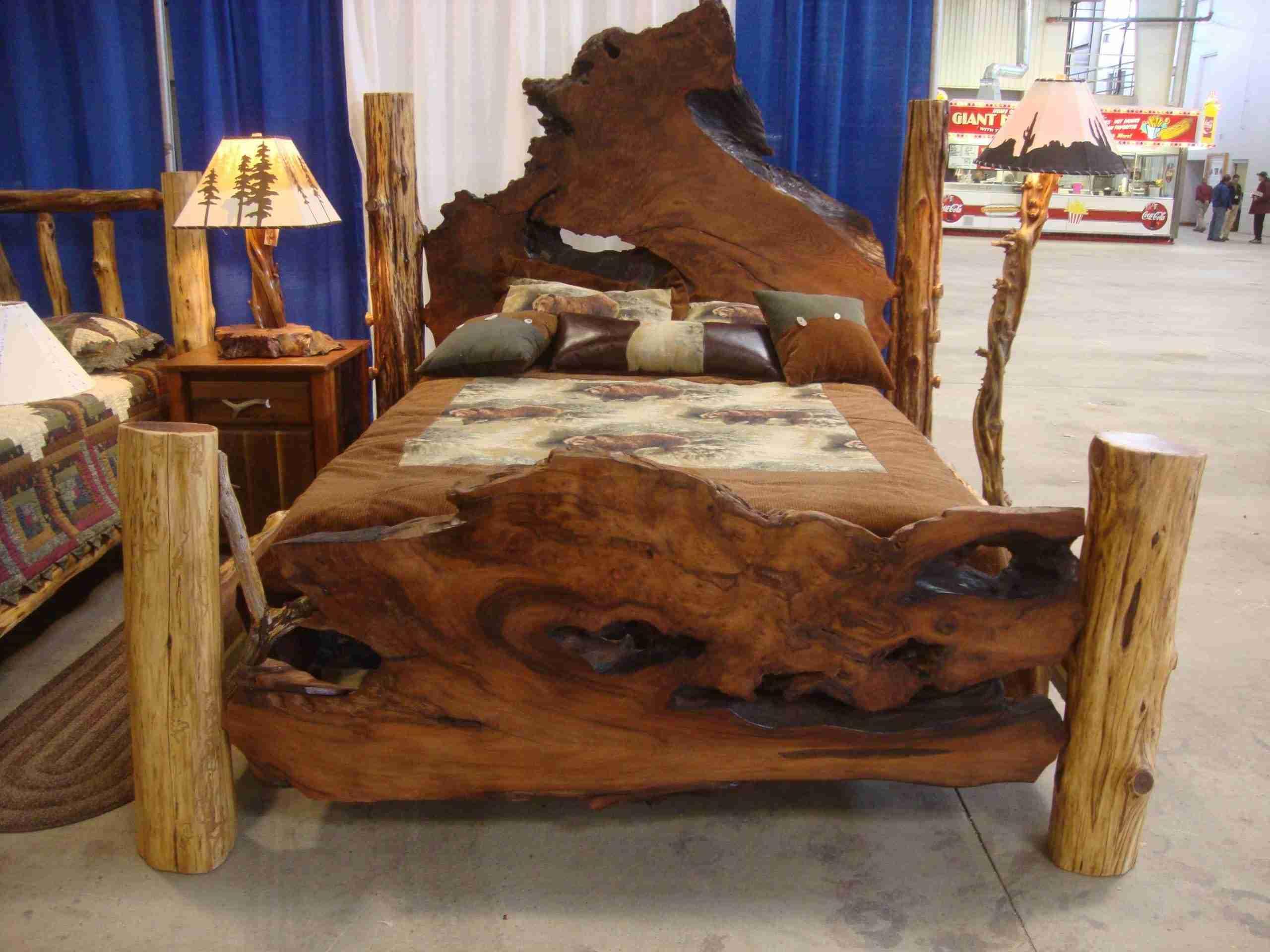Natural wood table · rustic log bed