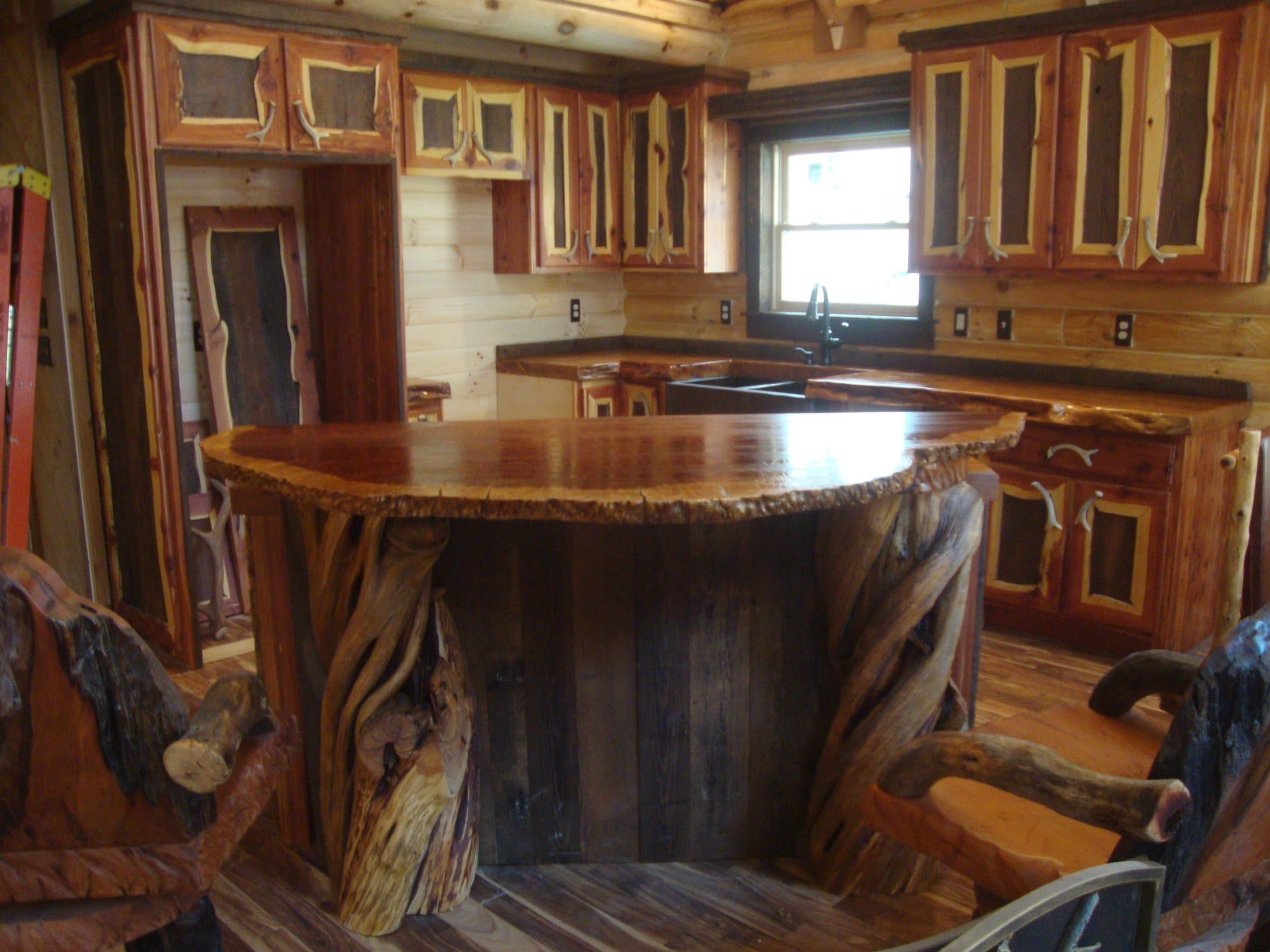 Rustic Wood Bar Tops http://littlebranchfarm.com/featured-projects/matthews-linden-nc/