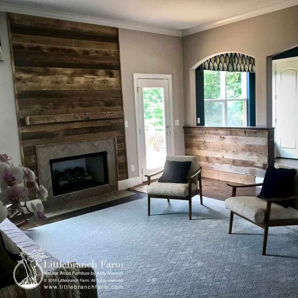Reclaimed barn wood wall in contemporary room scene.